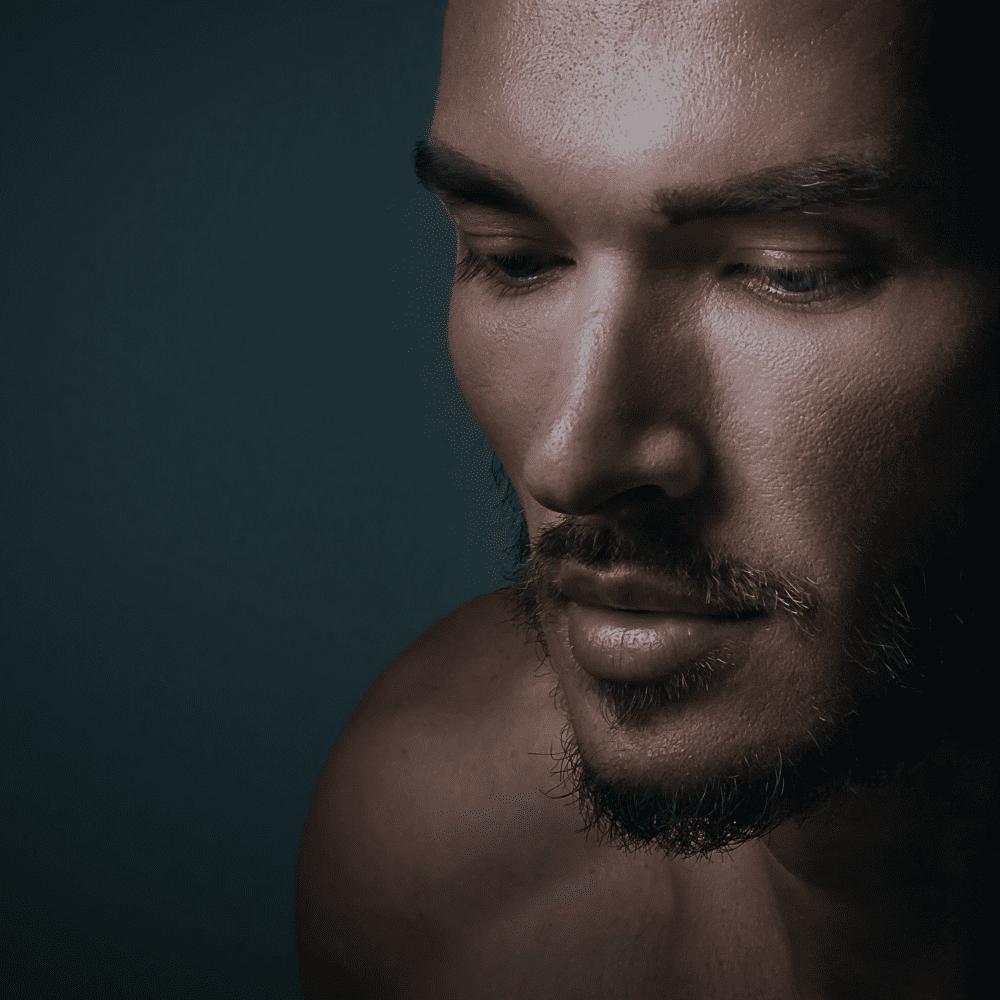 Viso uomo: 15 consigli approvati dai dermatologi